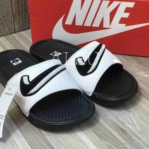 NWT Nike Benassi JDI Chenille W slippers AUTHENTIC